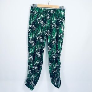 ATHLETA Aspire Ankle Joggers in Palm, Sz 6